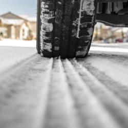 Publication du décret sur les équipements pneus en saison hivernale